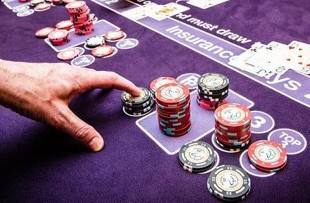 Hva er Forsikring Innsatsen i Blackjack?